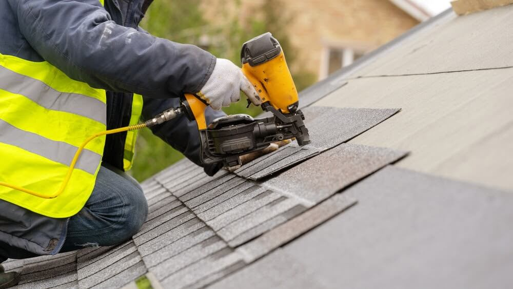 different types of asphalt shingles to help you determine which type you should choose