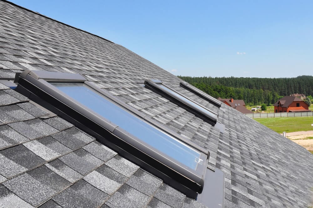 7 Signs That You Need a Full Roof Replacement